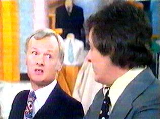 The Are You Being Served Gallery on YCDTOTV.de   Path: www.YCDTOTV.de/aybs_img/d1_337.jpg