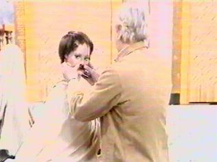 The Are You Being Served Gallery on YCDTOTV.de   Path: www.YCDTOTV.de/aybs_img/d5_16.jpg